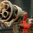 4302DEADPOOL_Screen1